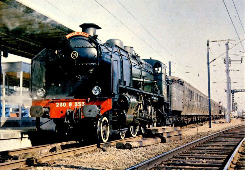"24 - Locomotive ""230 G 353"""
